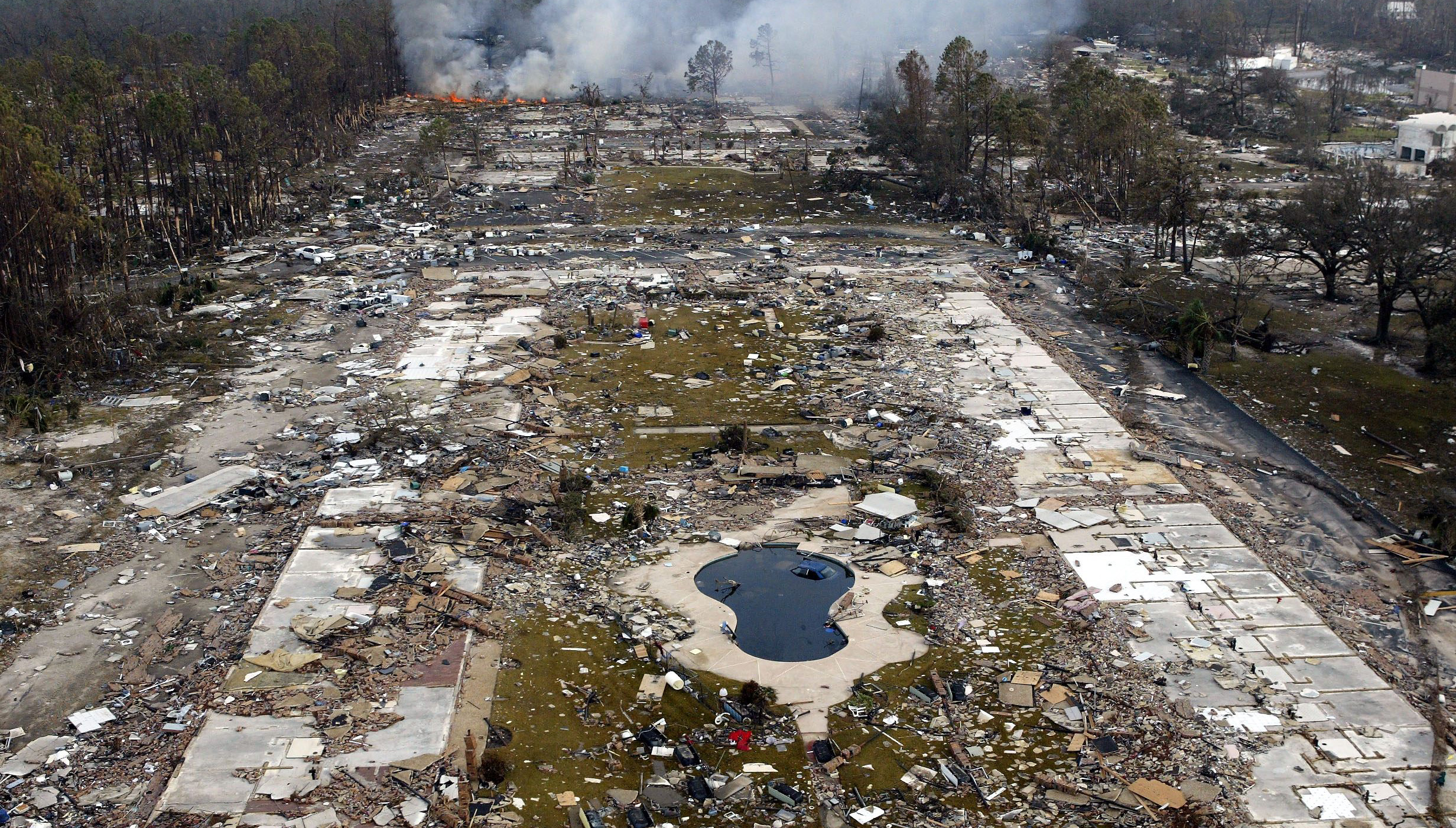 essay on hurricane katrina Free essay: hurricane katrina hurricane katrina has been one the most  devastating natural disasters to hit usa ever costing a total of 125 billion dollars.